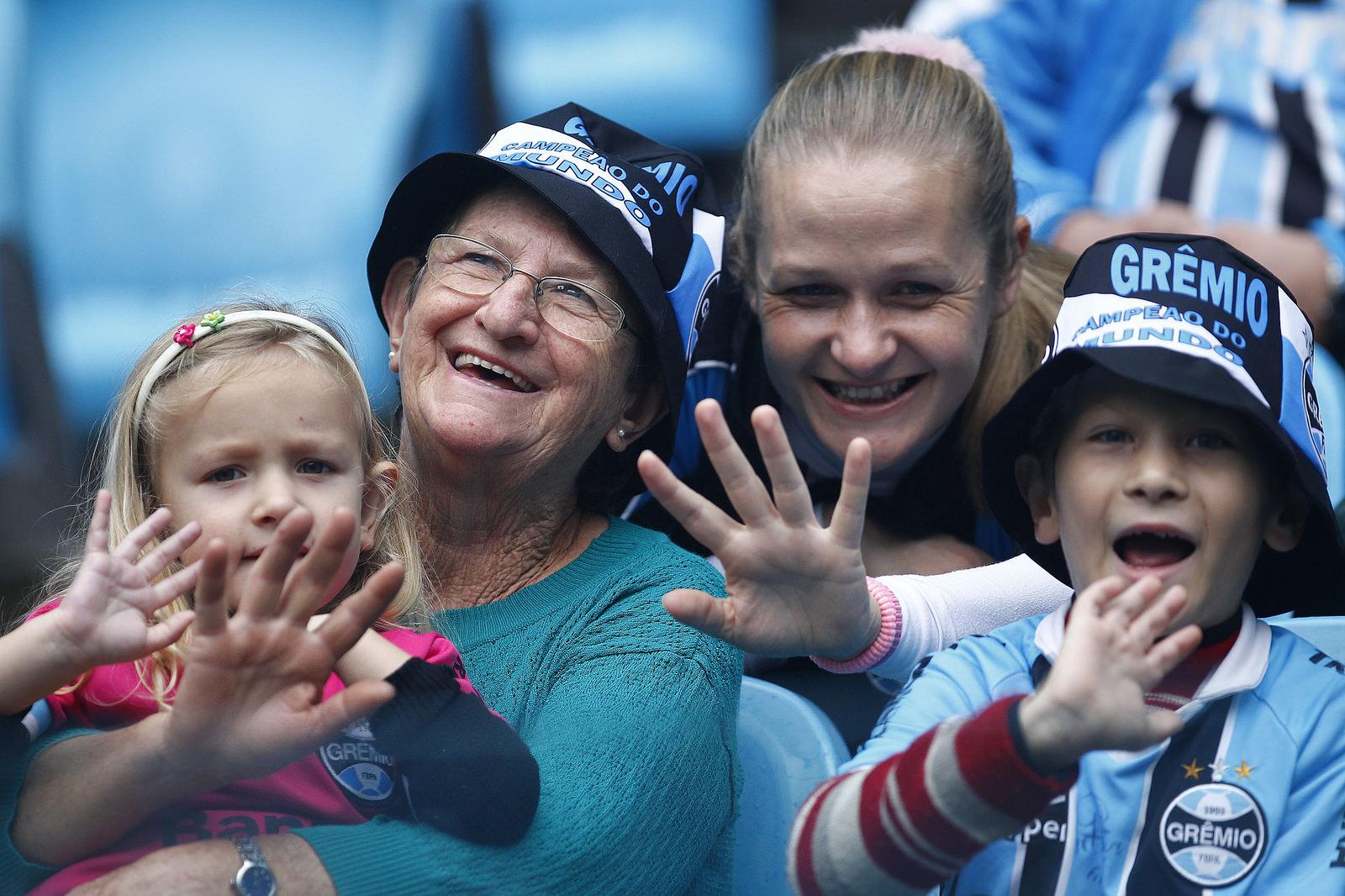 e73989082f Grêmio LibertadorPor mais mulheres no estádio - Grêmio Libertador