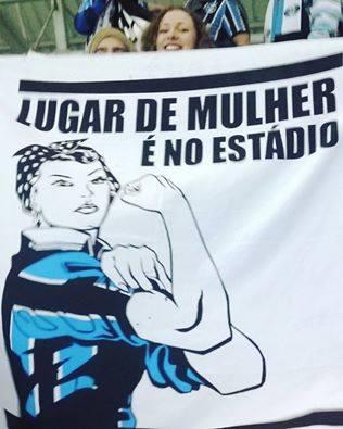 E onde o Grêmio estiver. E onde ela quiser. (Foto: Página Grêmio Antifascista no FB)