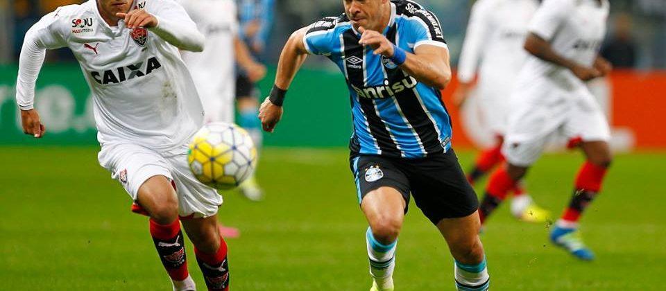 Pressionamos, apertamos, mas o juiz acabou com outro jogo. Foto: Lucas Uebel/Grêmio Oficial (via Facebook)