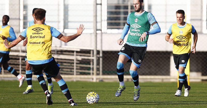Bressan e Fred no treino. Foto do Lucas Uebel/Grêmio Oficial (via Flickr)