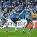 O Grêmio é grande. O Grêmio é forte.